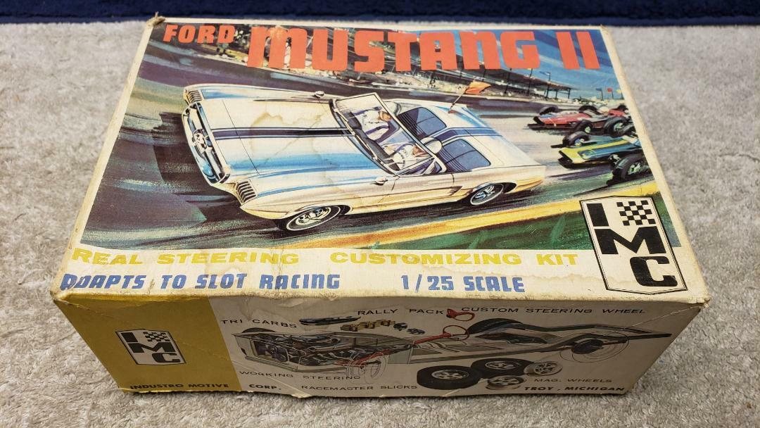 Vintage IMC Ford Mustang II Slot Car   Plastic Model Kit  1 25 Scale Boxed