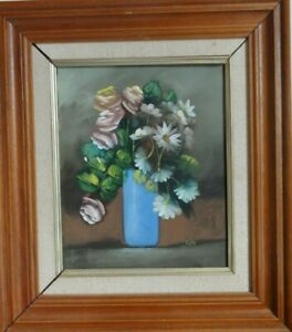 ORIGINAL-OIL-PAINTING-STILL-LIFE-OF-FLOWERS-IN-BLUE-VASE-SIGNED-KIM