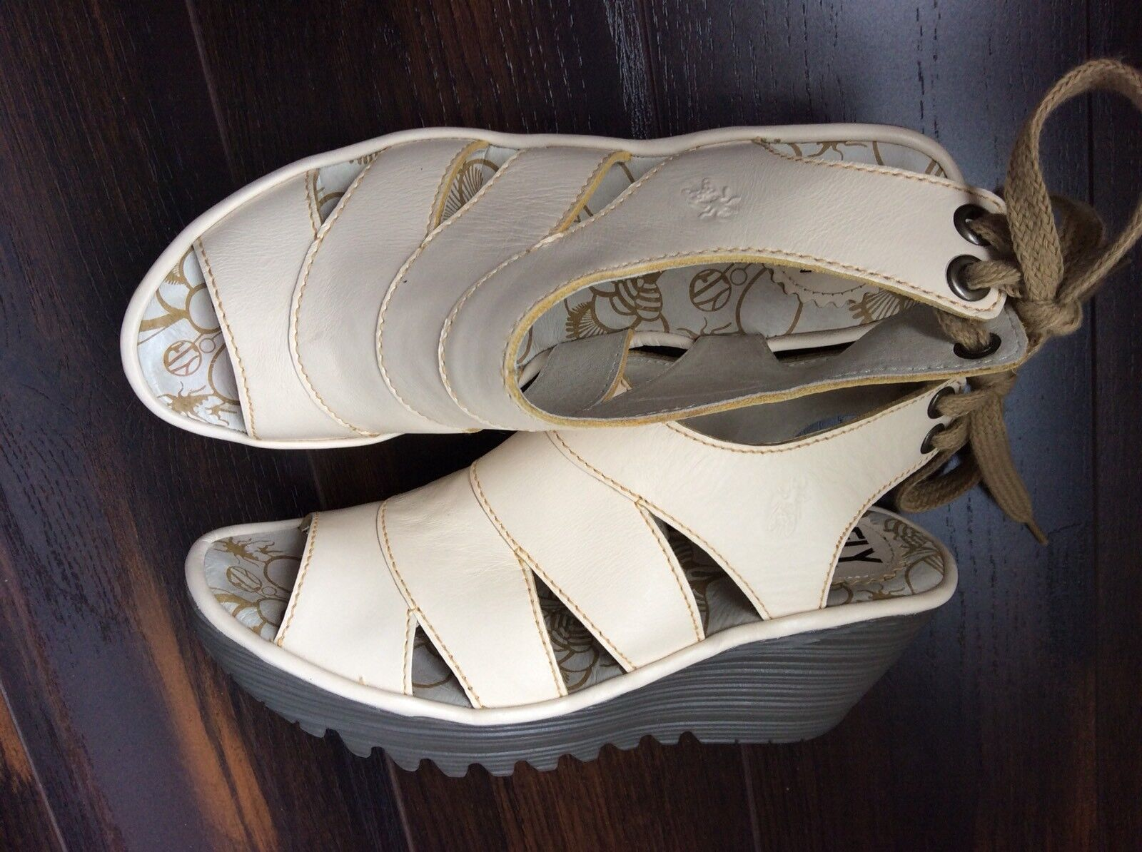 Fly London Cream Off White Leather Lace-Up Wedge Heel Sandal shoes 40EU New
