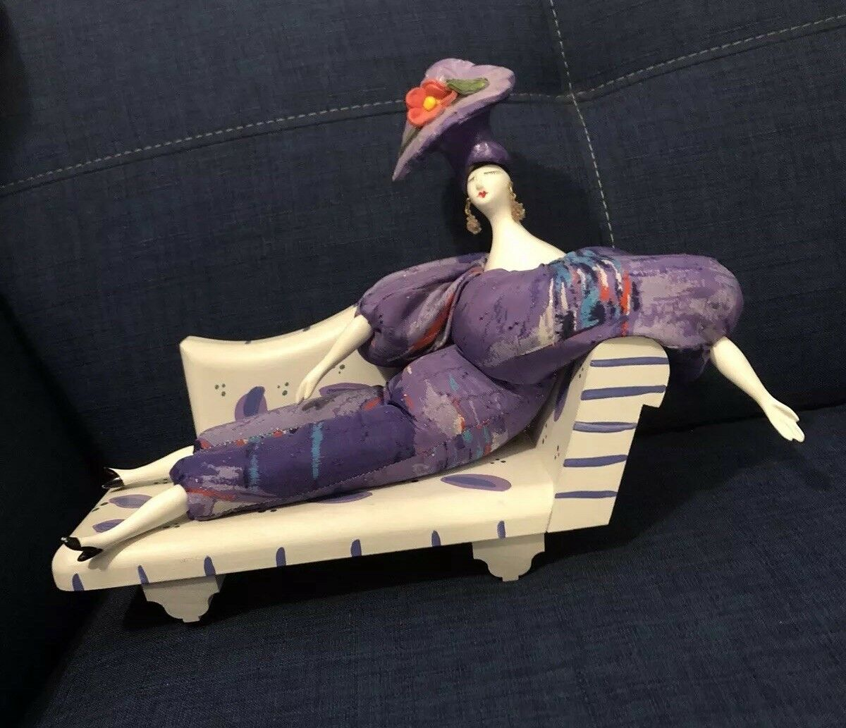 BY ISABELL DOLL WOOD CHAISE LOUNGE HAND MADE Hand PAINTED Poupee
