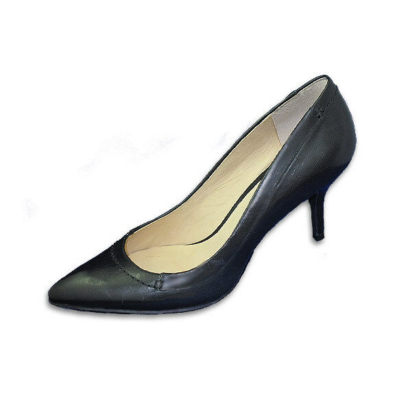 Modern Vintage Leather Pump with 2.5 Inches Self-Covered Heel, Size 9