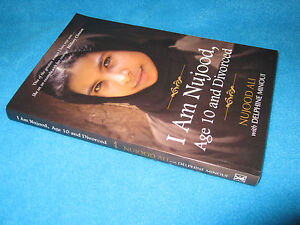 Details about I Am Nujood, Age 10 and Divorced NUJOOD Ali / Delphine Minoui  Astounding! BRAVE