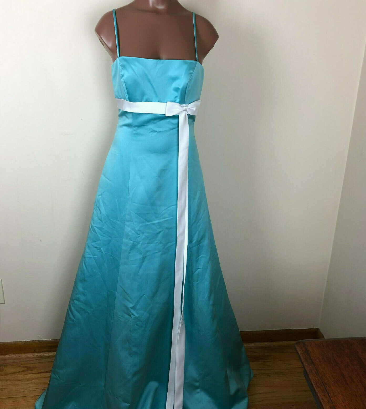 Alfred Angelo Womens Sz 4 Formal Floor Length Gown Sleeveless Retails