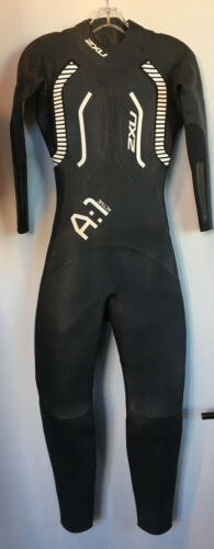 2XU A1 Active Full Sleeved Triathlon Wetsuit Women Size Medium