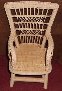 AMERICAN GIRL SAMANTHA WICKER CHAIR EXCELLENT CONDITION