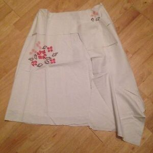LADIES white lined embroidered linen Gypsy skirt SIZE 10 12 by NAUGHTY NEW