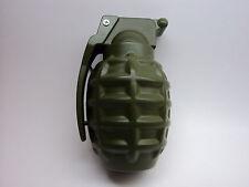 1 x lighter *GREEN* Army Hand Grenade USA MK 2 Windproof Lighter (refillable)