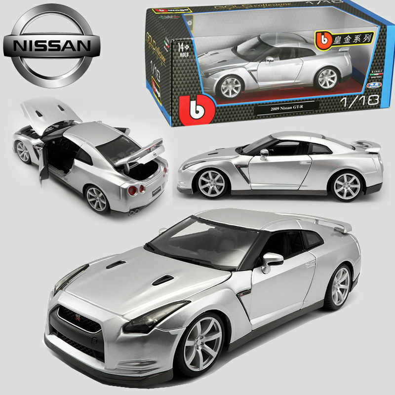 1 18 Bburago Nissan GT-R Diecast Model Sport Car Boys Vehicle Collection Toy