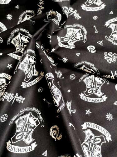 HARRY POTTER HOGWARTS Black Fabric Material COTTON Crafts Quilting Sewing 0.85M