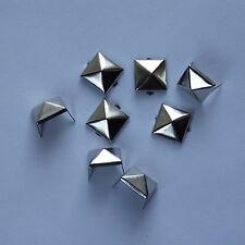 9mm Plata pirámide postes Remaches