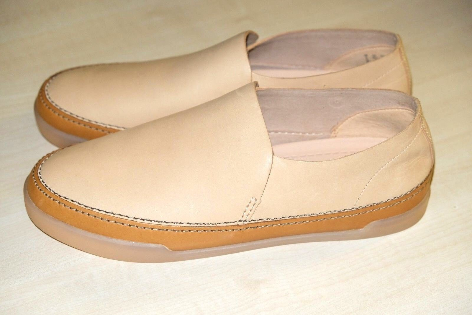Clarks Nude Soft Leather Ladies shoes flats 8 42 D New