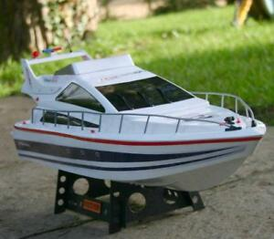 UK-Radio-Telecommande-74-cm-double-helice-Ocean-POWER-BOAT-Atlantique-Yacht-RC