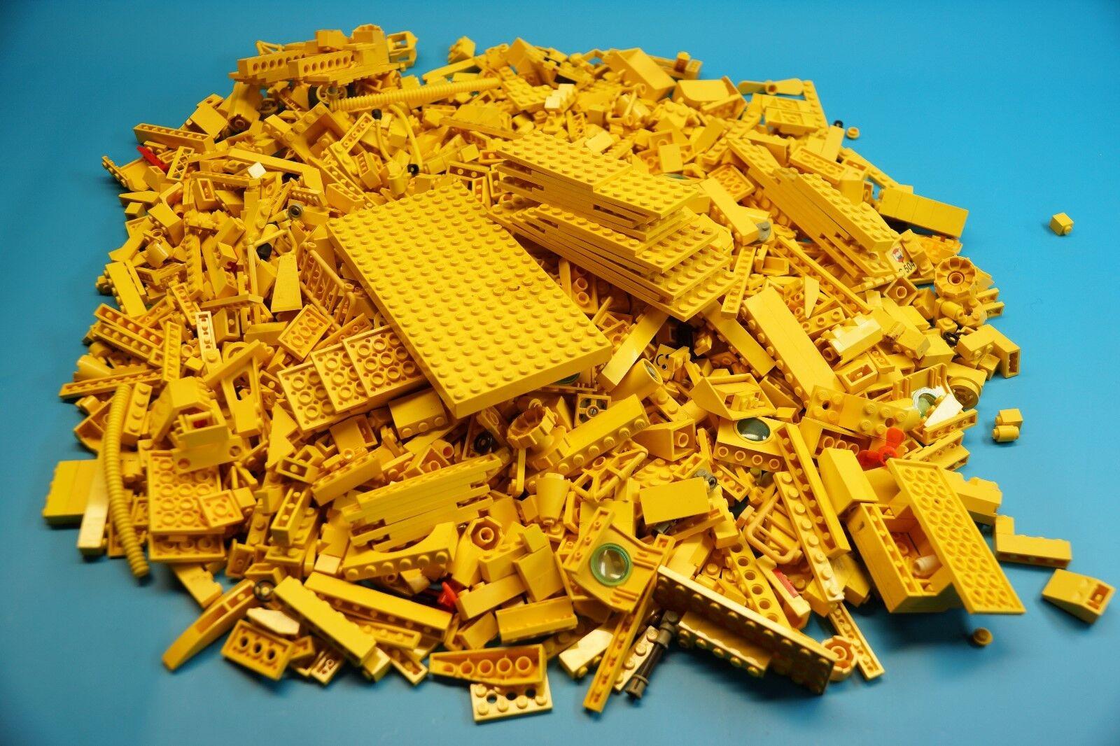 LEGO 1,7 Kg gelb Bausteine   Formsteine - Sondersteine usw.  (J760