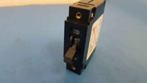 CIRCUIT BREAKER 30A 1 POLE 277VAC CARLING SWITCH CA1-B0-24-630-121-C
