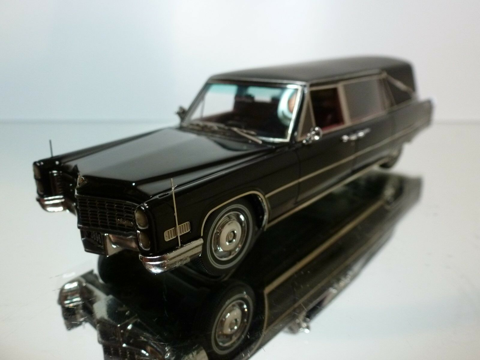 NEO SCALE MODELS 1 43 - S & S LANDAU HEARSE FUNERALCAR - EXCELLENT CONDITION 28