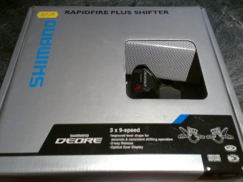 SHIMANO SL-M590 Deore 9-speed Rapidfire pods pair
