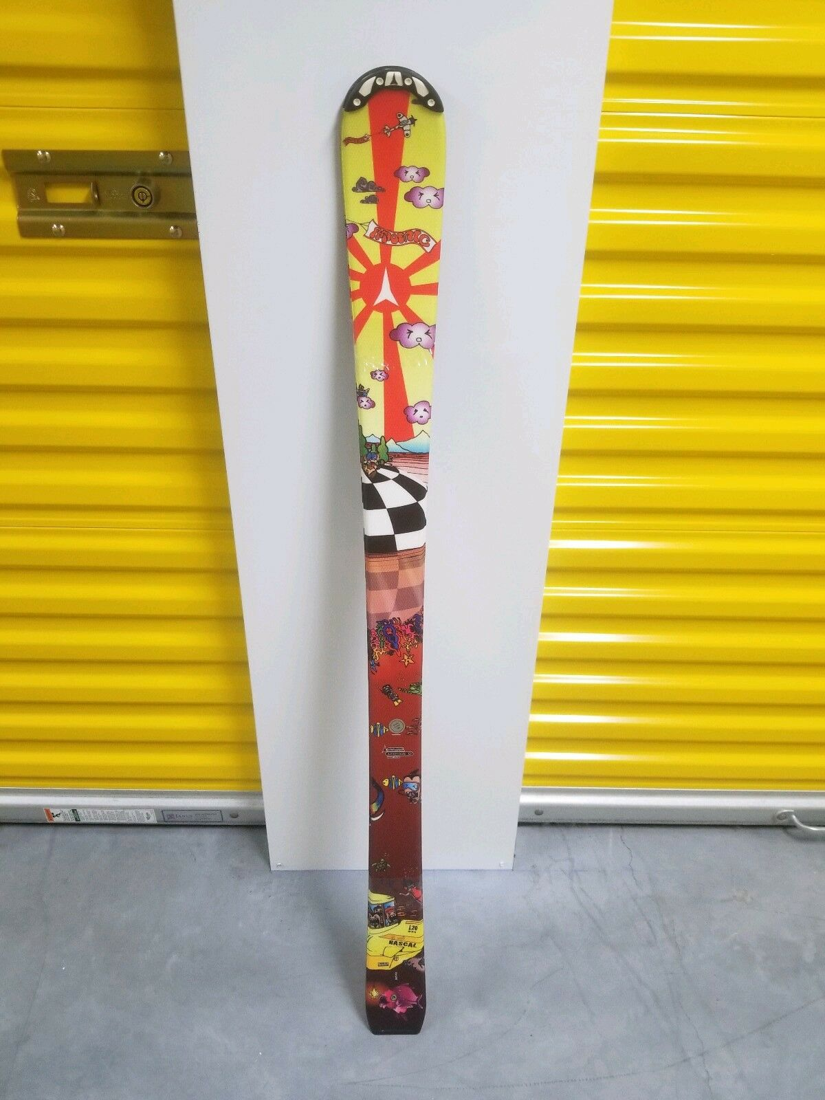 New  Pair of Atomic rascal 120 skis