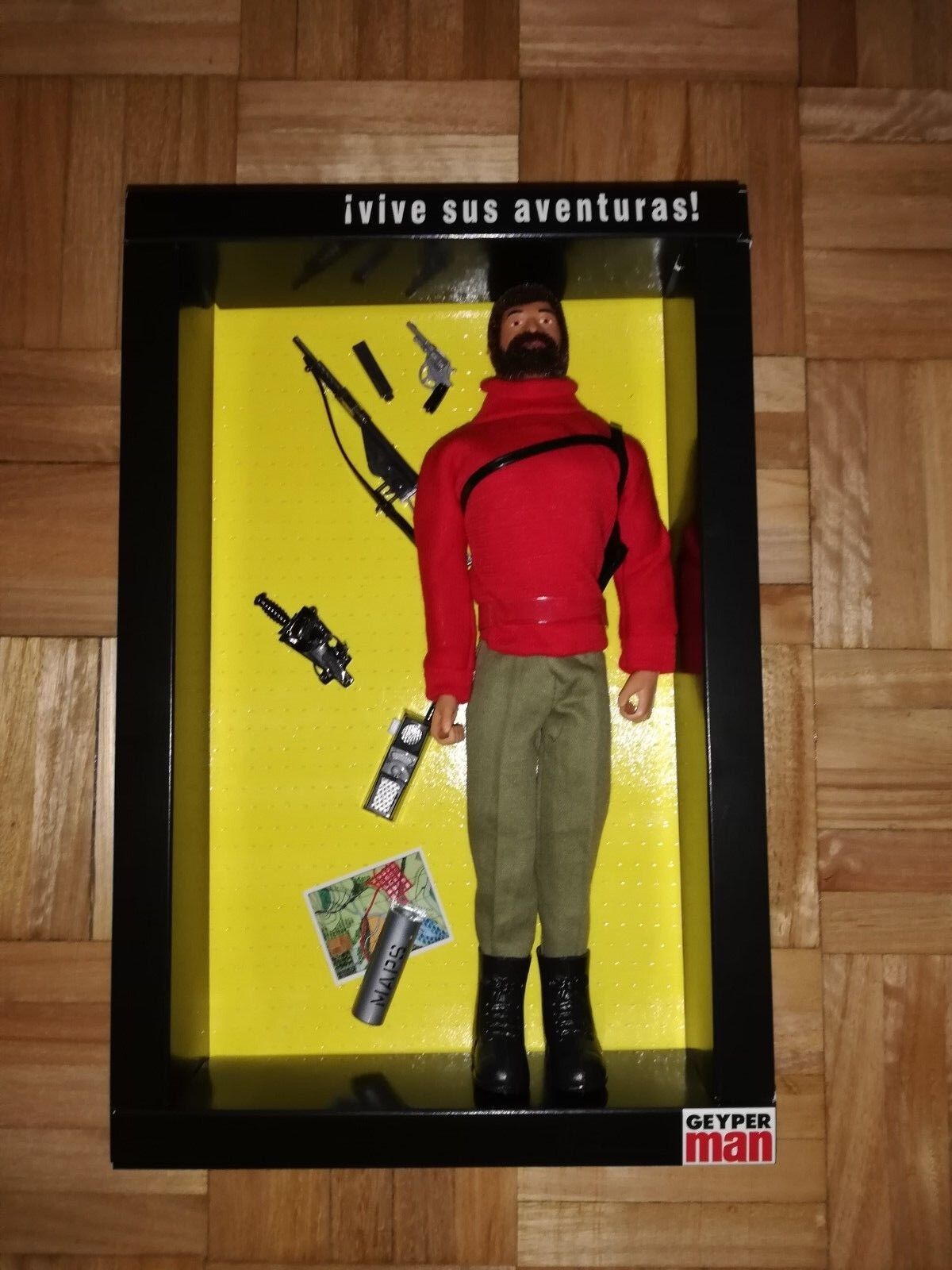 Action man gi joe action team geyperman adventurer red sweater