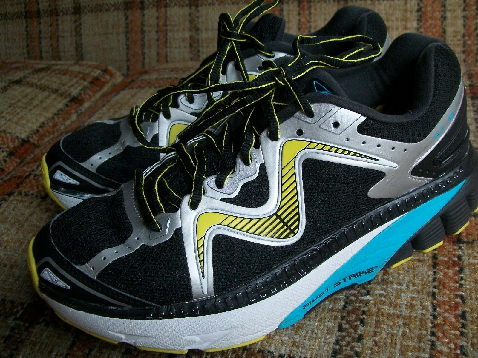 MBT Womens Size 10 () GT 16 Running 700817-483Y