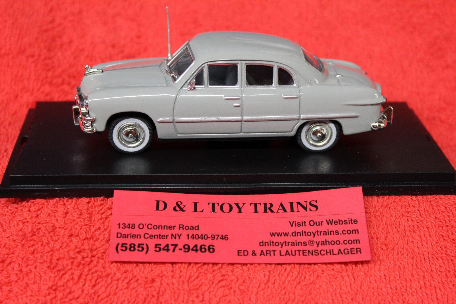 43-306 1950 1950 1950 Ford 4 Door Sedan NEW IN BOX b5689a