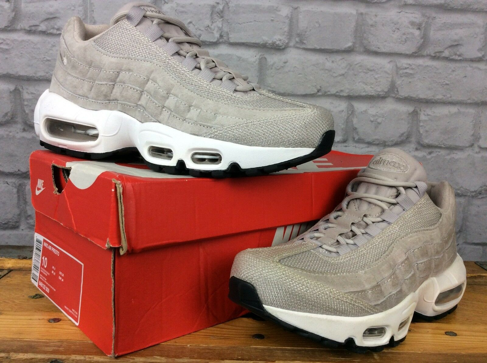 Nike Femmes Blanc Air Max 95 Og Patent Patent Patent Leather Baskets RRP b47dc1