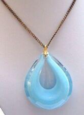 pendentif chaine bijou vintage année 1970 goutte translucide couleur bleu 134