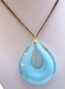 Pendentif Chaîne Bijou Vintage 1970 Goutte Verre Translucide Couleur Bleu 134 Facile à Utiliser
