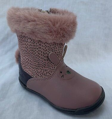 BNIB Clarks Girls Iva Time FST Dusty Pink Leather Boots F//G Fitting