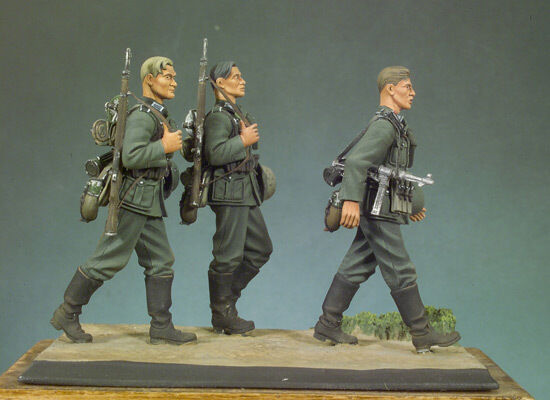 ANDREA MINIATURES  S5-S01 - GERMAN INFANTRY WALKING SET I - 54mm bianca  METAL