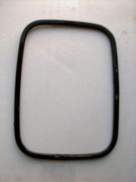 FORD TRANSIT DOOR MIRROR GLASS RETAINER
