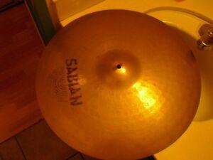 """20"""" Sabian Aax Cymbale 2400 G (logos Délavé, Probablement Un Tour Ou Heavy Crash)-afficher Le Titre D'origine"""