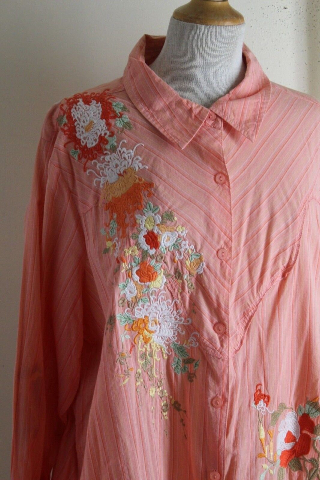 Susan Graver -Sz 2X Fabulous Art-to-Wear Cotton Embroiderot Funky Shirt Top