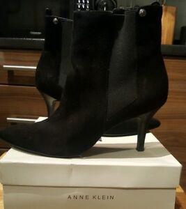 56869f225b77 ANNE KLEIN Wide Fit Ladies Black Suede Mid Heel Ankle Boots Size 7 ...