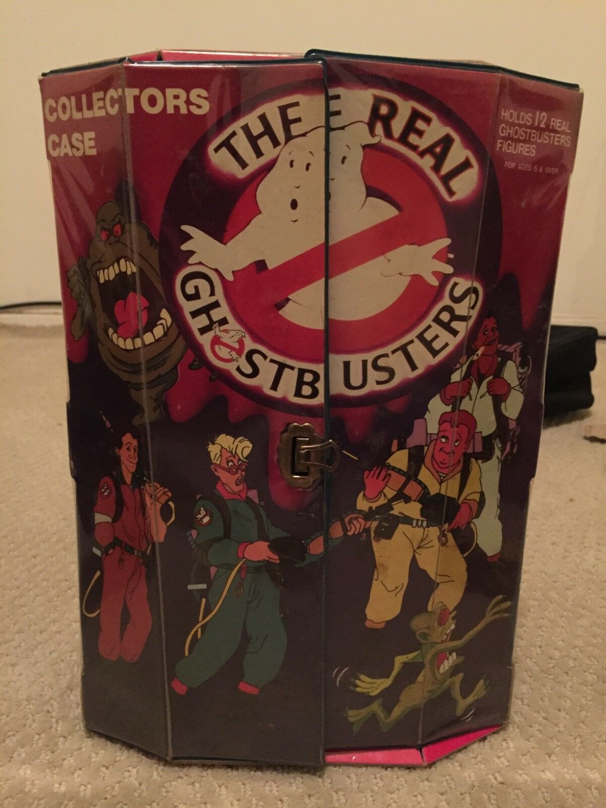 Vintage real ghostbusters carrying case with action figures
