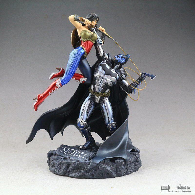 Injustice Gods Among Us Batman Vs Wonder Woman PVC Statue Nuovo