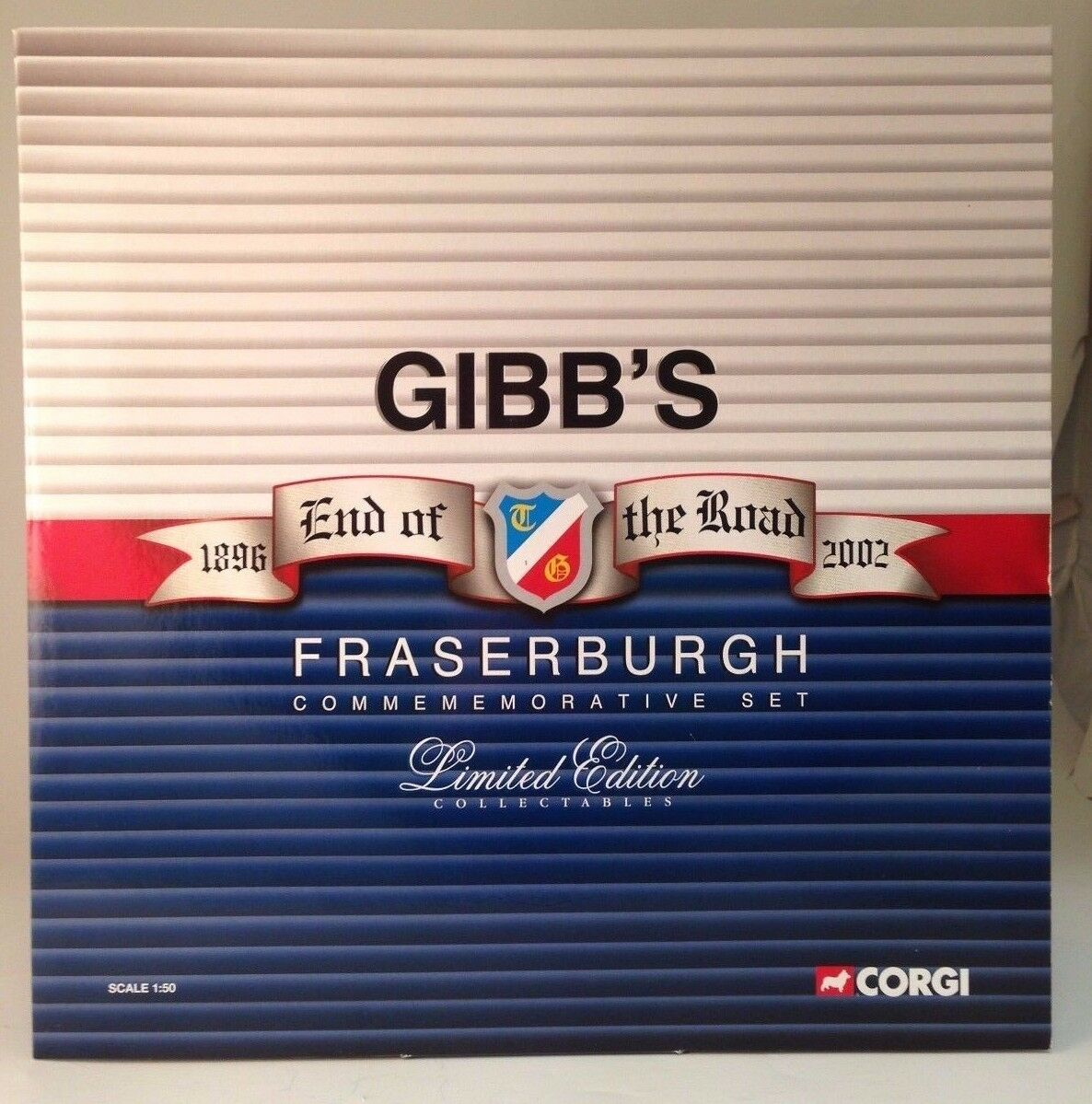 Corgi CC99125 Gibb's of Fraserburgh Commemorative SIGNED Set  NEW