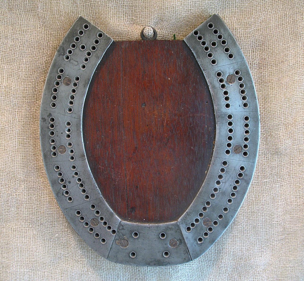 Vintage Cribbage Board Horsechaussures Chêne & METAL