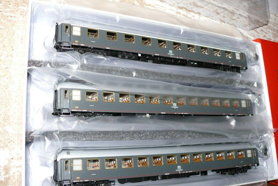 HS ACME 55226 persone Wagenset Type UICX delle FS epoca IV