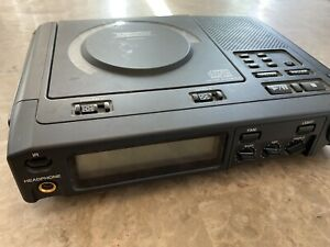Superscope-PSD220-Performing-Arts-Portable-CD-Player