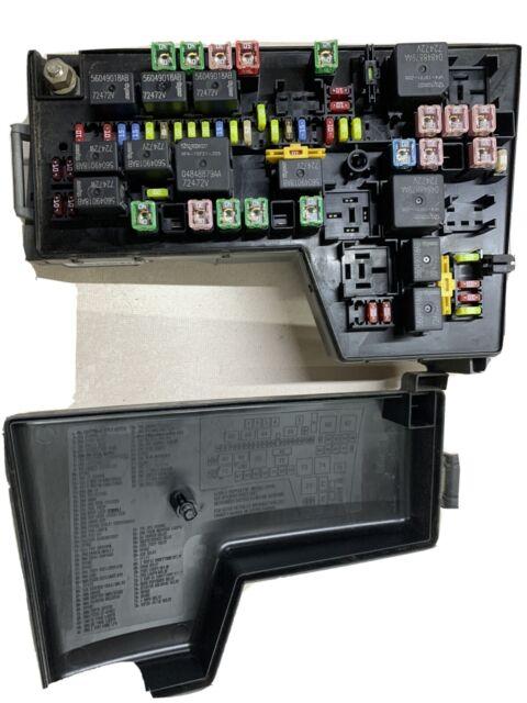 2005 05 Dodge Dakota Power Distribution Center Fuse Box 56049678ak