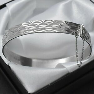 1979-Vintage-Solid-925-Sterling-Silver-Diamond-Cut-Design-Bangle-Bracelet