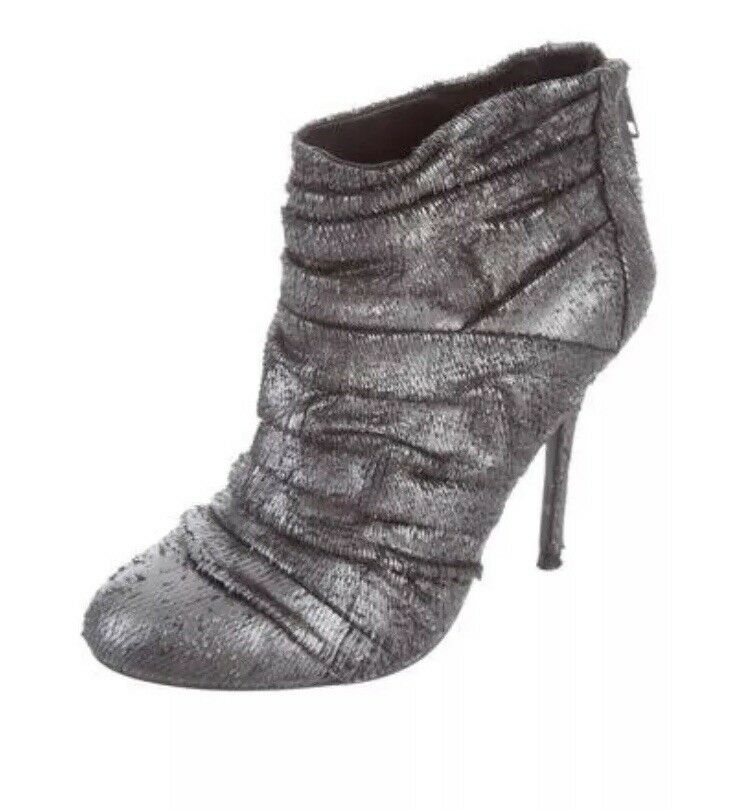 Elizabeth And James Silver Textured Ankle Boots New 9