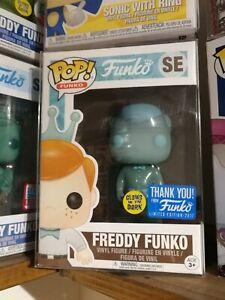 Funko Pop!   Freddy Lueur Holographique Dans Le Noir Le 5000 Rare