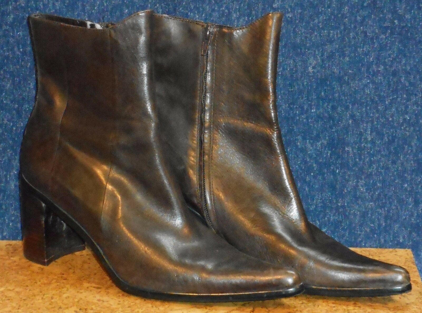 Enzo Angiolini Size 9.5 Dark Brown Ankle Boot Pointy Toe