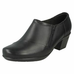 Fit Black Emslie Up Ladies Zip Boot With Leather Clarks Claudia Trouser D Shoe qtFz5TF