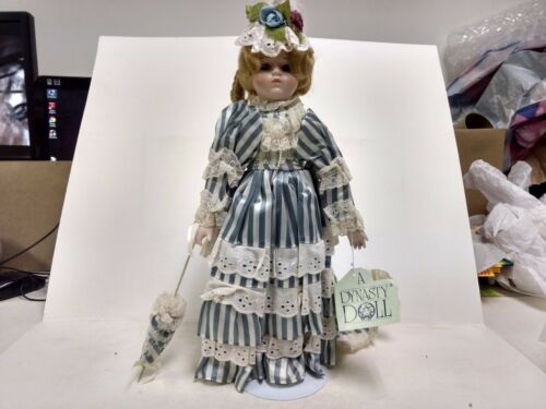 A Dynasty Doll Stephanie Porcelain With Stand Vintage Blue White Stripes ds236