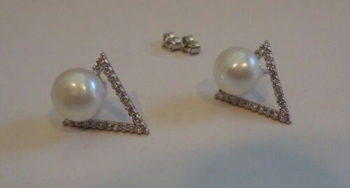 925 STERLING SILVER LADIES TRIANGLE PEARL STUD EARRINGS W// ACCENTS// NEW DESIGN!!