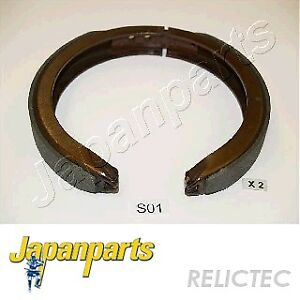 SSANGYONG MUSSO KORANDO REAR HANDBRAKE HAND BRAKE SHOES