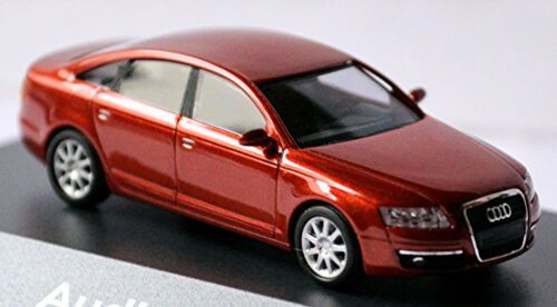 Audi A6 Typ 4F Limousine 2004-08 in PC-Vitrine Display-Box canyonrot 1:87