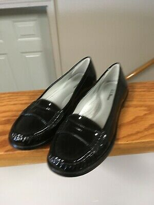 LL Bean Women's Black Patent Penny loafer size 7.5 M | eBay